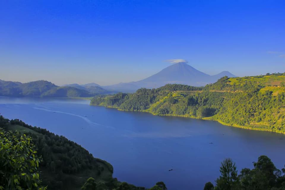 Volcanoe Mountain Mgahinga - 6 Day Mgahinga Gorilla Park and 'Islands in the sky' hike Via Kigali | Gorilla Link Tours
